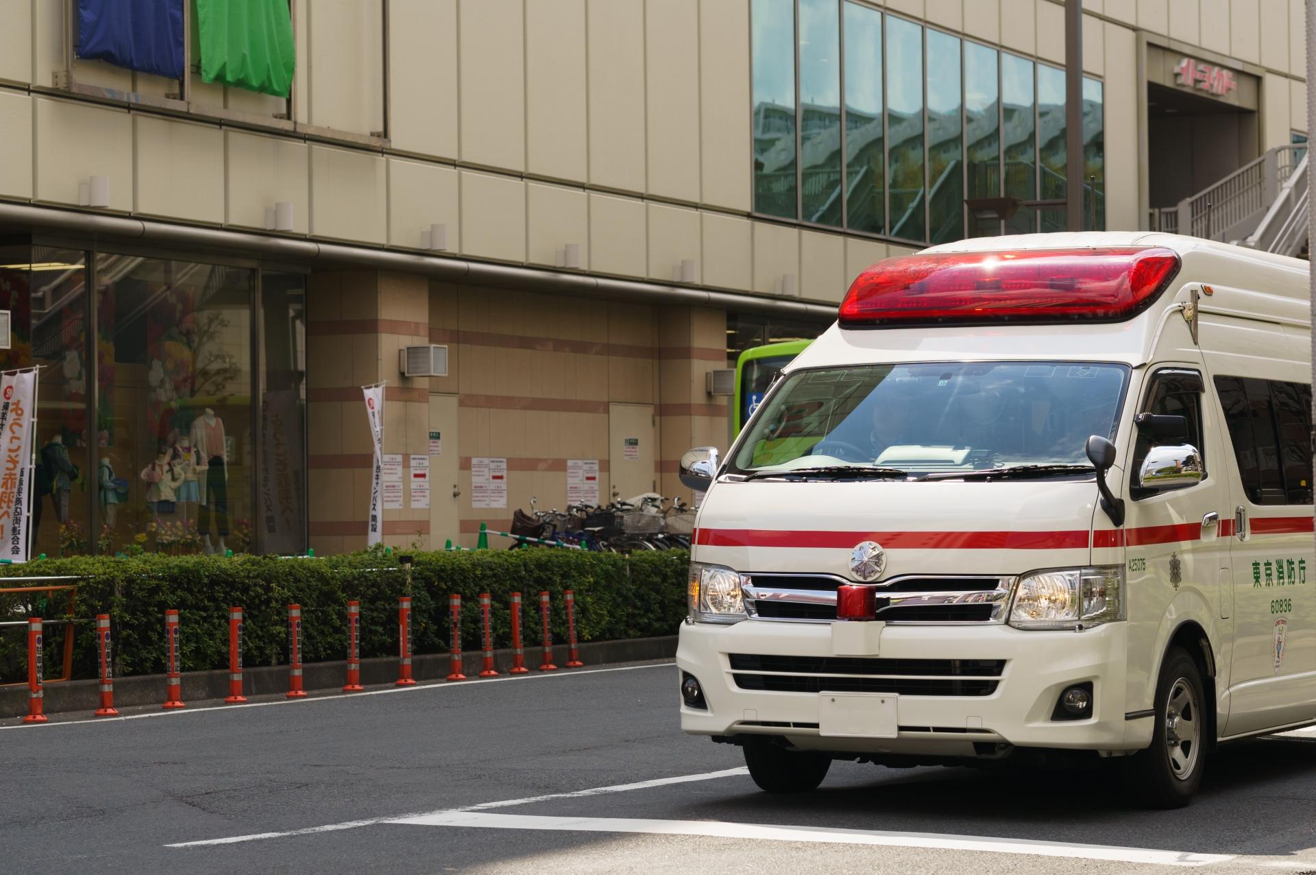 救急車 救急出動 救急車の不正利用 消防本部 搬送人数 救急車有料化 ジーネット株式会社